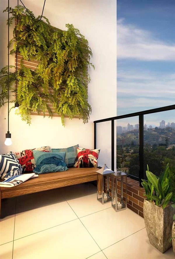 Vertical Garden Design on Balcony Wall - Unique Balcony ...