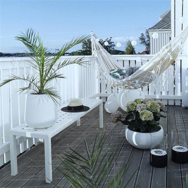 Gorgeous Hammock Ideas For Apartment Balconies