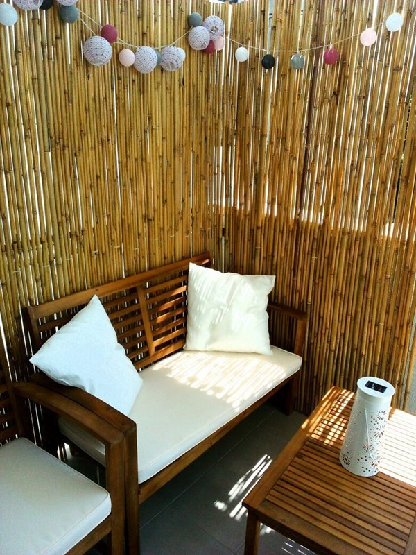 Bamboo Fence Ideas For Outdoor Privacy - Unique Balcony ...