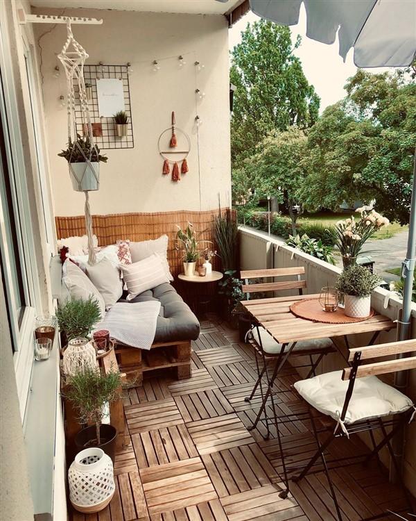 Outdoor Floor Decoration With Runnen Decks Balcony