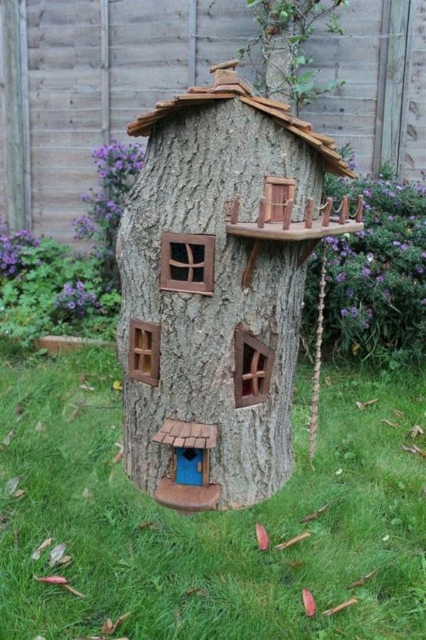 Tree Stump Fairy Garden Magical DIY Ideas - Unique Balcony ...