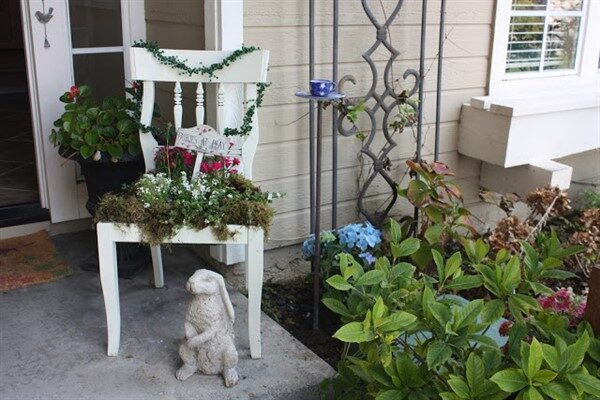 DIY Pretty Creative Vintage Chair Planters