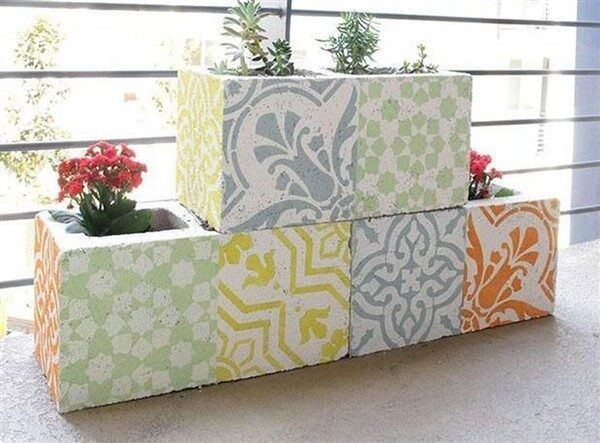 32 Unique Cinder Block Planter Ideas
