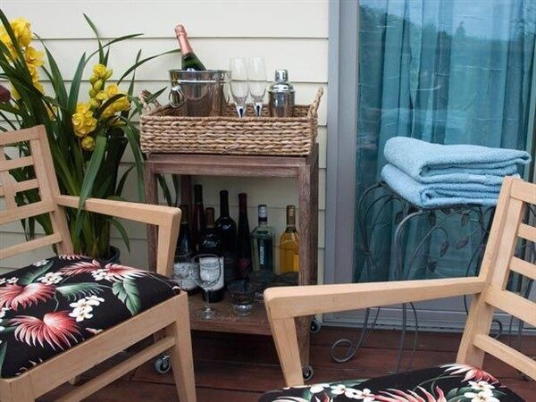 Balcony Mini Bar: Functional Desing Ideas