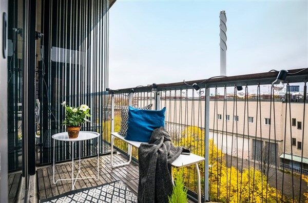 Minimalist Balcony Ideas: A New Trend