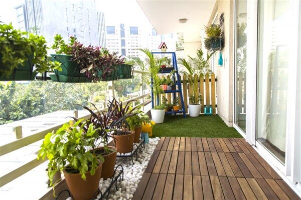 Real-Like Artificial Grass For Balcony Floors