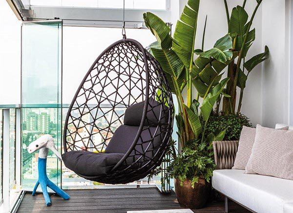 Magnificent Egg Chair Ideas: For Unique Balcony Decoration
