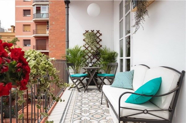 Balcony Sitting Benches: Durable Furnitures For Balconies