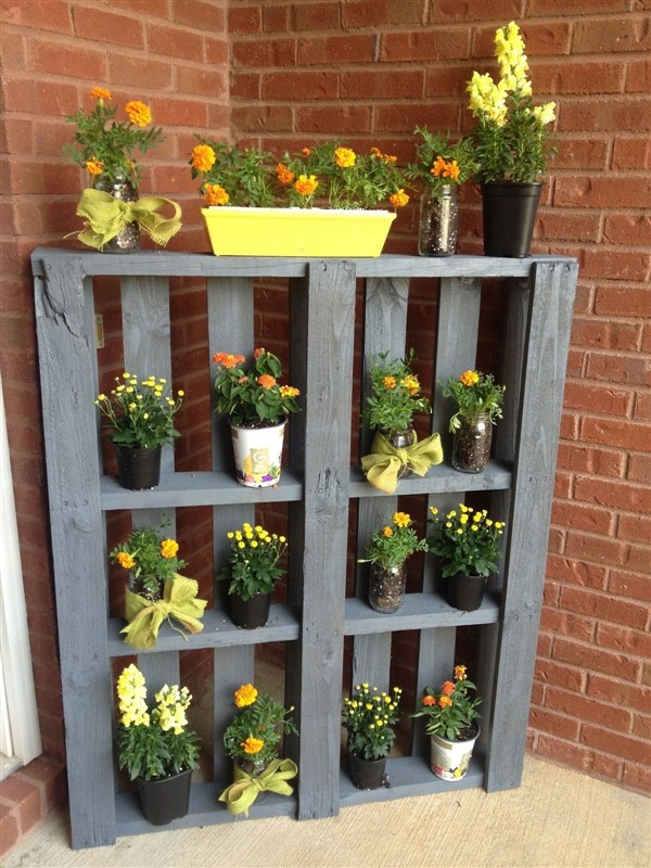 Functional Balcony Plant Stand Ideas for Plants & Flowers ...