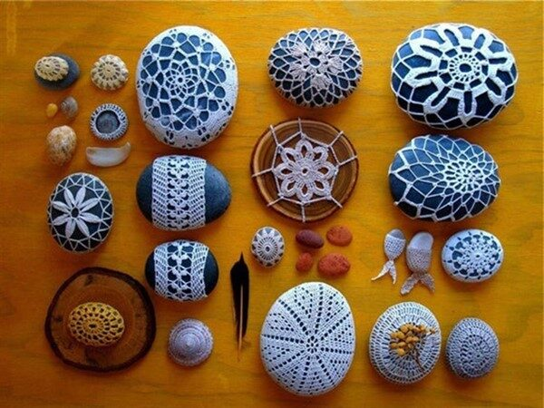 Beautiful & Simple Crochet Covered Rock Ideas