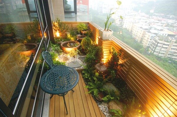 Balcony Floor Ideas: Authentic Design for Apartments