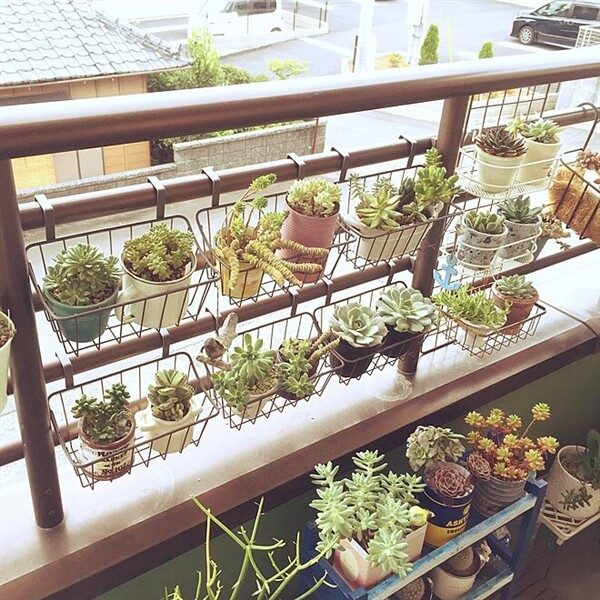 DIY Balcony Railing Planter: Decorative Planter Ideas