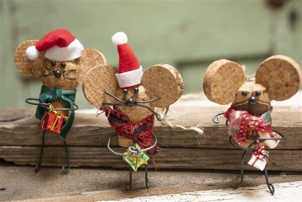 Wine Cork Christmas Ornaments: Lovely Christmas Crafts