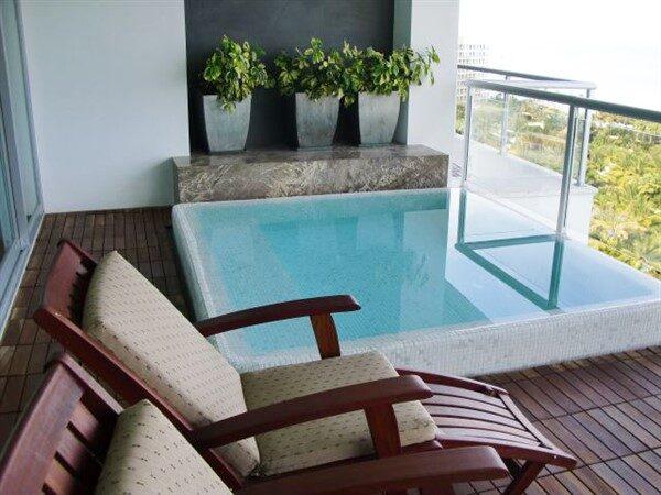 Balcony Pools: Plenty of Turquoise Eyes on Apartments