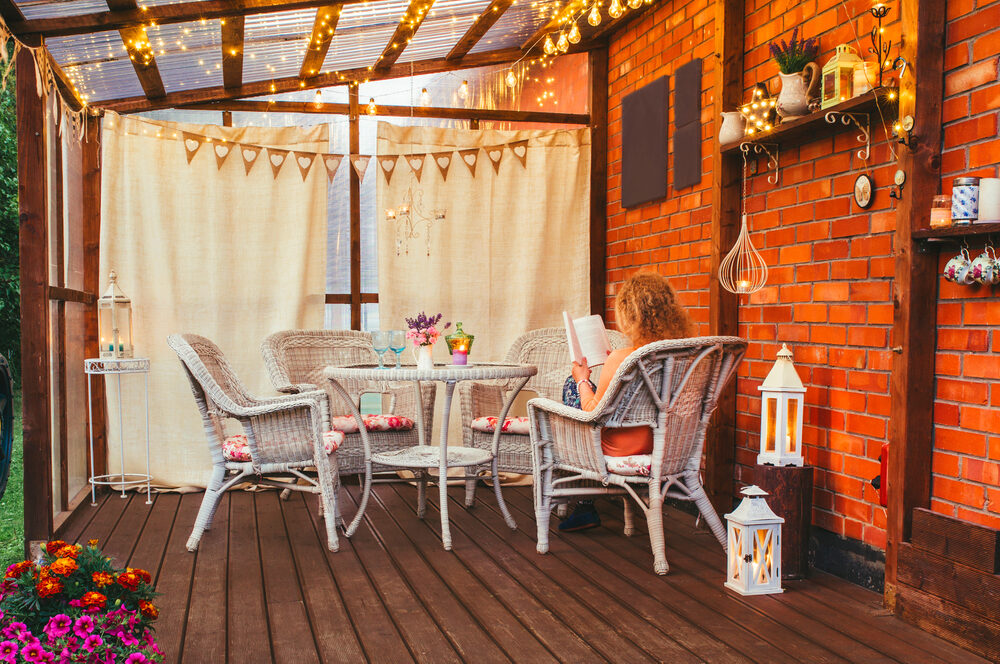 4 Stylish Ways to Make Your Balcony Space Private